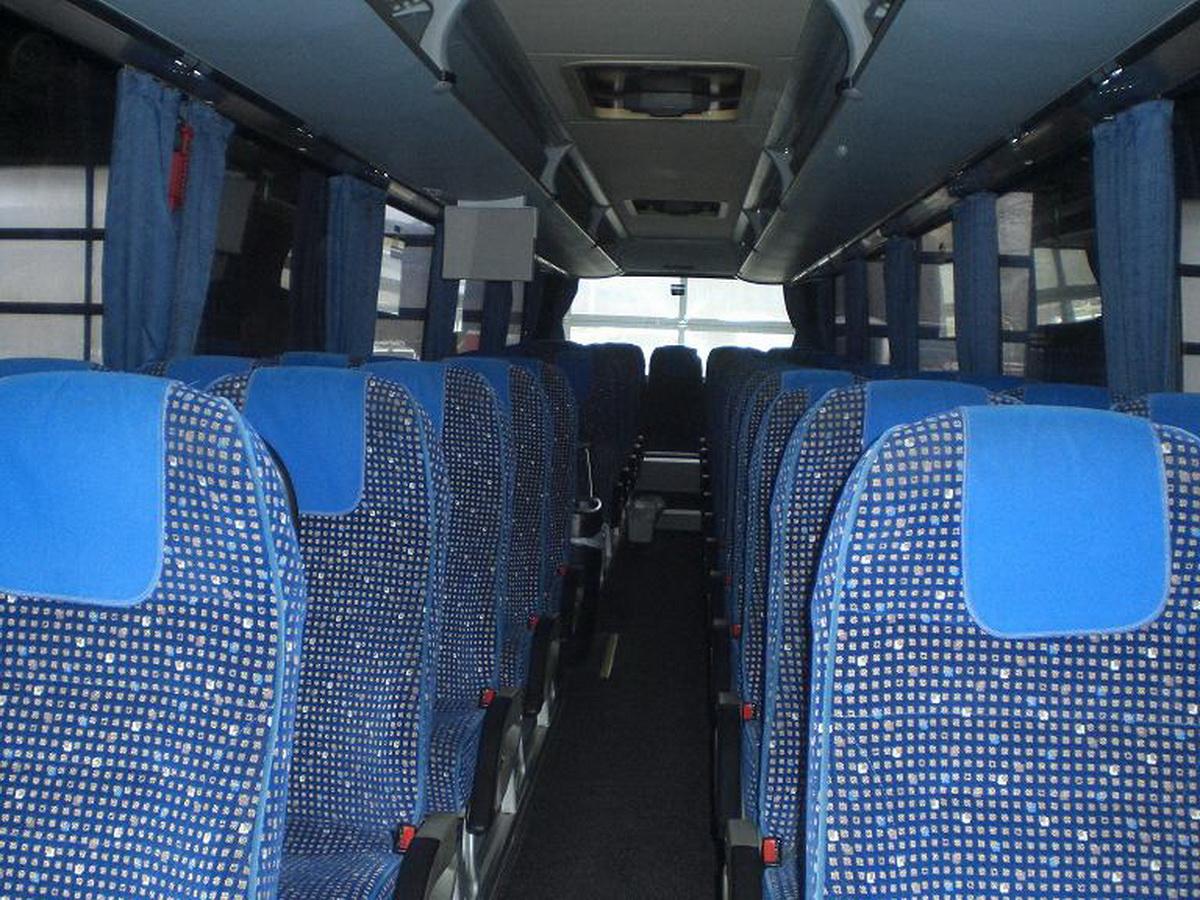 KS-H 7900 Bus von Innen Ansicht nach Hinten