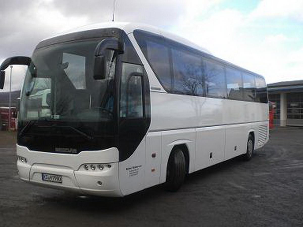 KS-H 7900 Bus von außen rechts